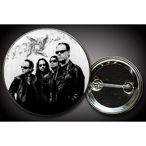 "METALLICA ""Band on white"" /Pin/"