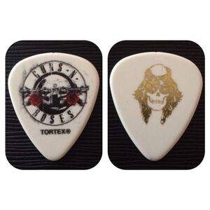 GUNS N´ ROSES Collector Series White Pick /Pick/